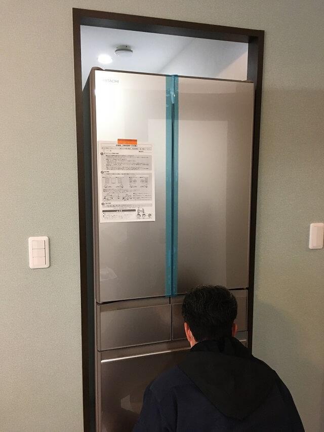 冷蔵庫搬入